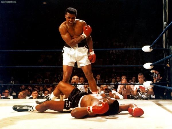 Muhammad Ali Defeats Sonny Liston